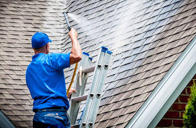 baltimore roof cleaning